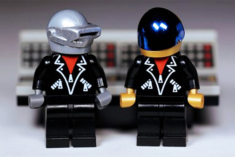 lego-to-potentially-create-daft-punk-pieces-1