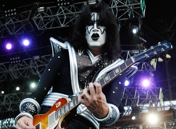 Tommy-Thayer-of-KISS