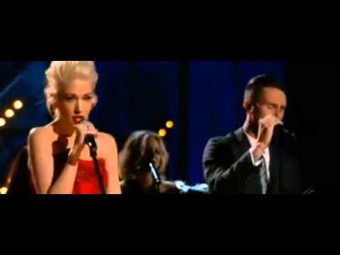 葛萊美頒獎典禮2015 魔力紅主唱Adam Levine與關史蒂芬妮合唱片段