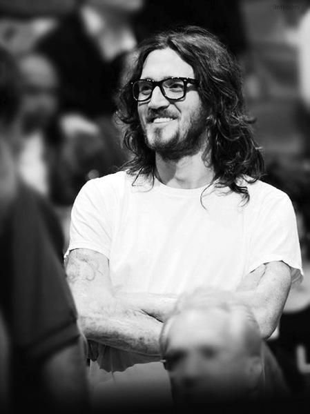 John frusciante glasses2