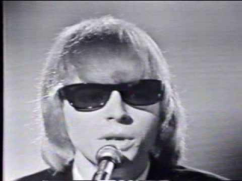 英倫入侵!1960年代音樂革命背後的無名英雄:效果器(上)