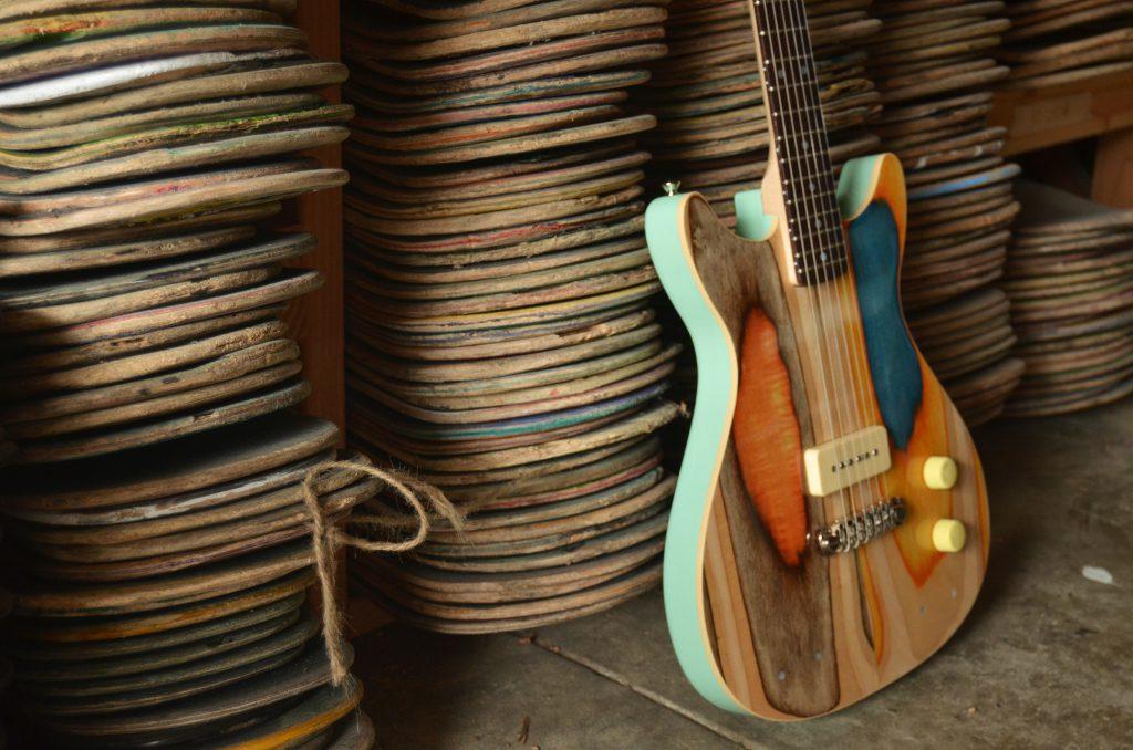 用滑板做成的吉他:Prisma吉他