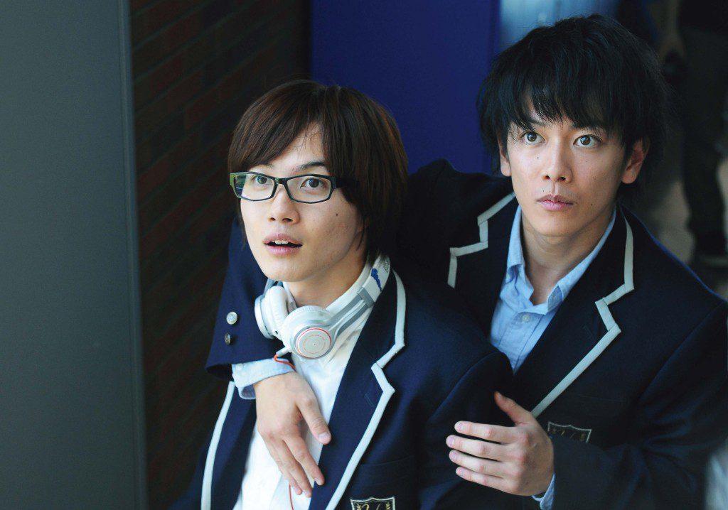 【爆漫王】劇照:佐藤健、神木隆之介二次合作私下交情好 導演:「很困擾。」
