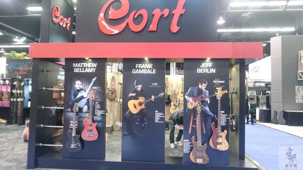 Cort吉他牆
