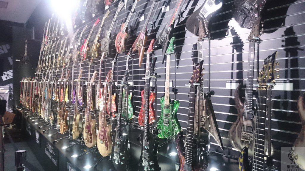ESP展覽限定款之吉他牆