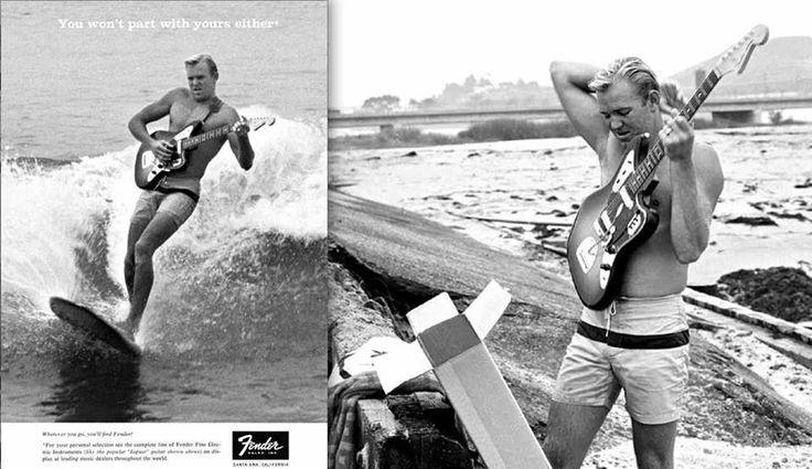 衝浪好手 Jon Martin 背著一把剛從紙箱拿出來的全新Fender Jaguar,跳上衝浪板,拍下這經典的廣告照片。 Photo: Bob Perine/ Fender Guitars
