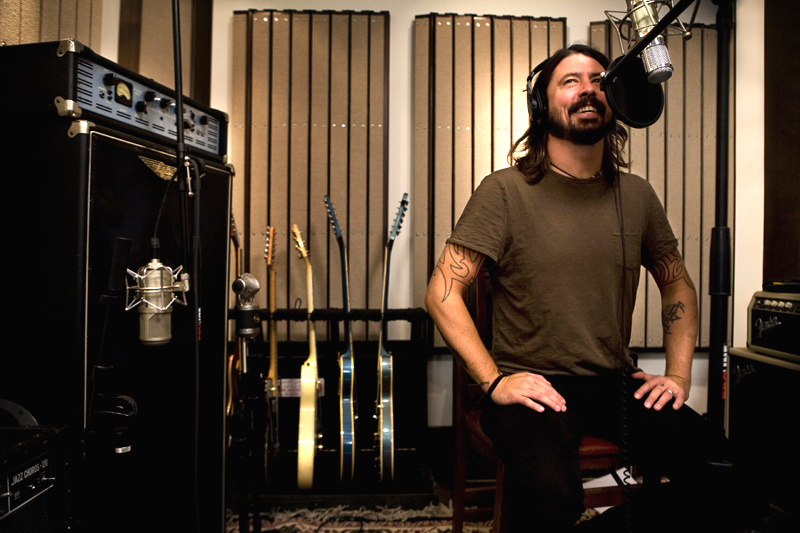 dave-grohl-wasting-light