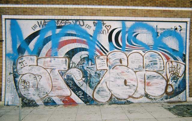 elliotsmithwall-graffiti