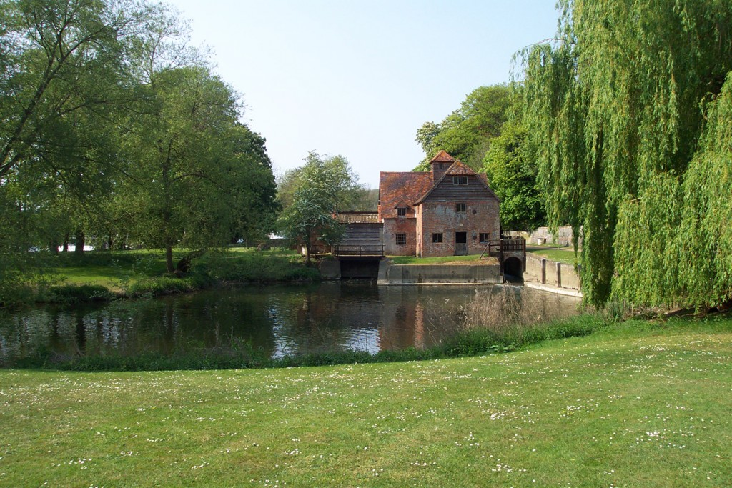 Mapledurham_Watermill_3