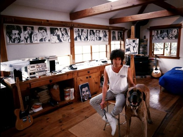 Dylan-in-his-studio